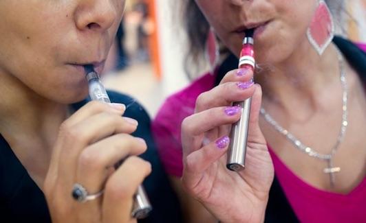 Poiché quanti là passa alla dipendenza di nicotina