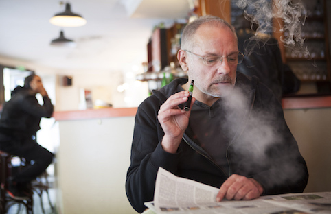 Diabetes y tabaquismo: el cigarrillo electrónico es un sustituto válido. Vaper-old